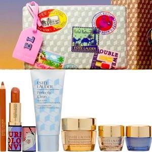 Fall Estée Lauder cosmetic bag